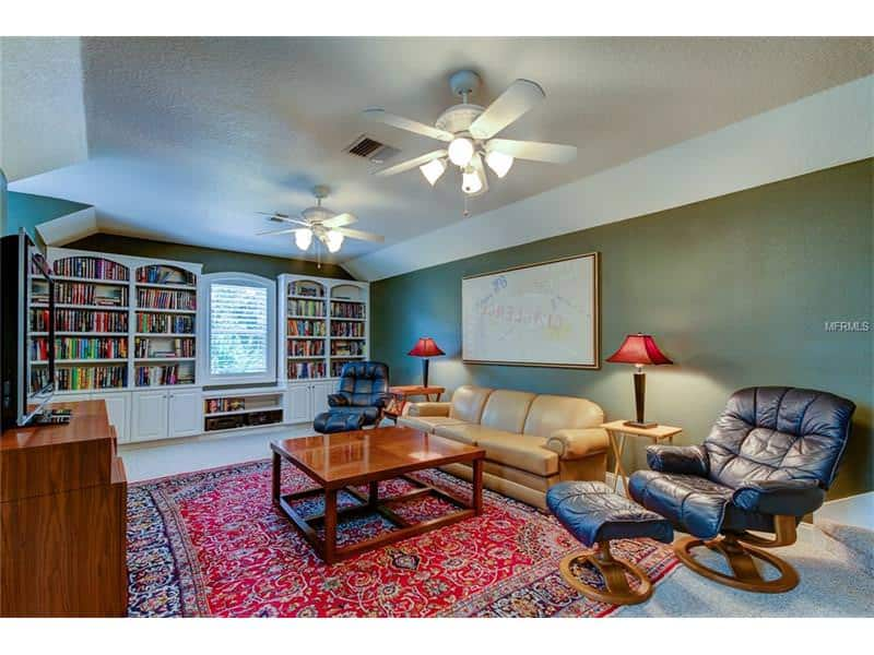 1514 NEWBERGER RD, LUTZ, FL 33549