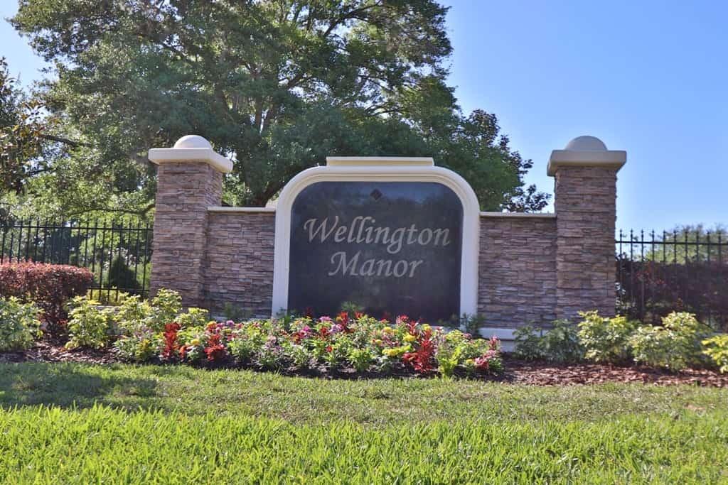 Wellington Manor Community