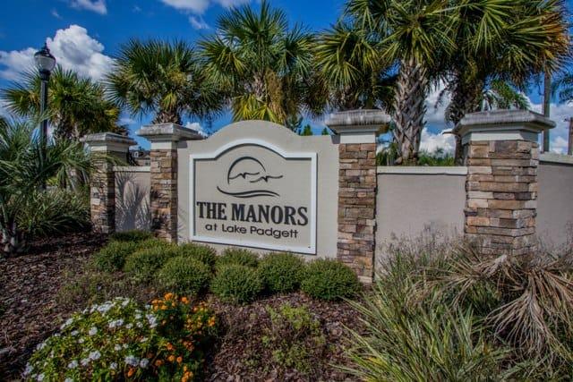 Manors at Lake Padgett