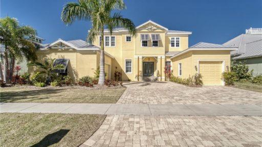 821 ISLEBAY DR, APOLLO BEACH, FL 33572