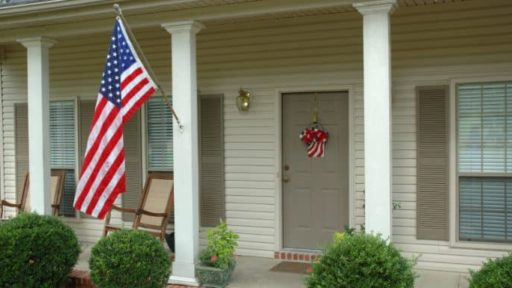 Helpful Flag Etiquette Advice for Memorial Day