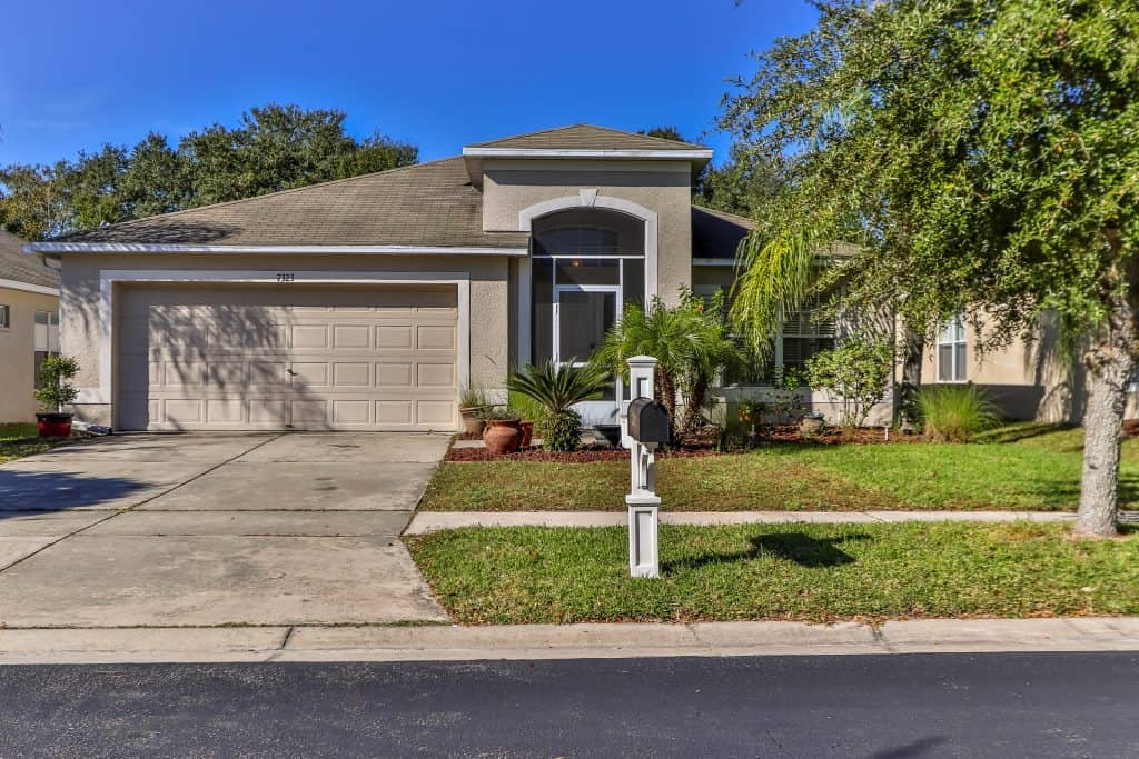 7323 Newhall Pass LN Wesley Chapel FL